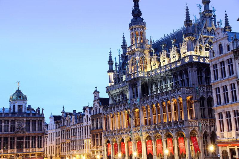 Брюссельский базар признан одним из самых оригинальных европейских рождественских рынков Европы