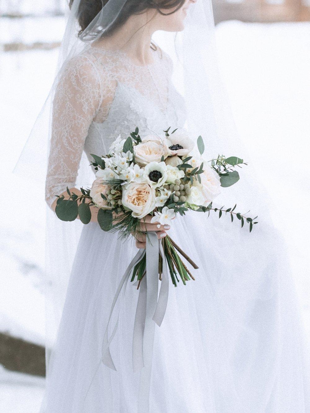 Цветов, свадебный букет для миниатюрной невесты