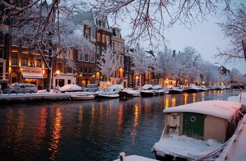 Амстердам будет идеальным местом встречи Нового года для молодежи и людей любящих развлечения.