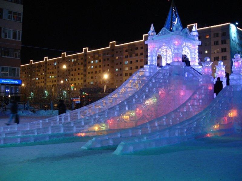 Ледяные городки в парке