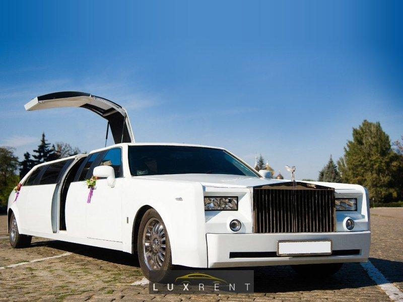 Представительный лимузин для свадьбы