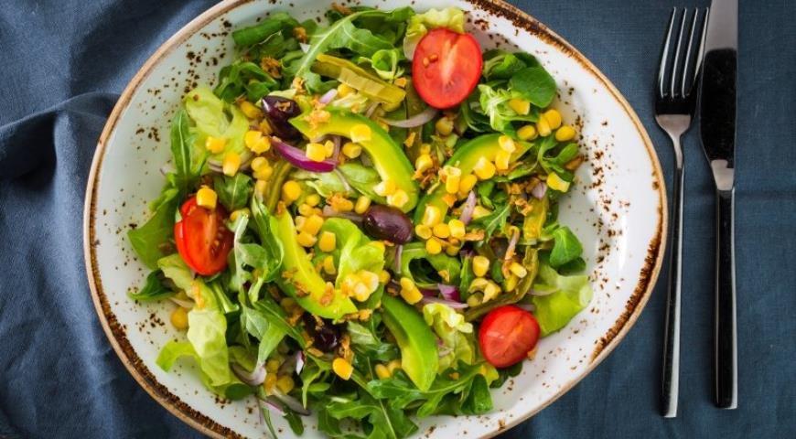 работы: салат из авакадо кукурузы и салата пасека (деление