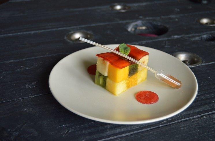 Как приготовить фруктовый салат кубик-рубик