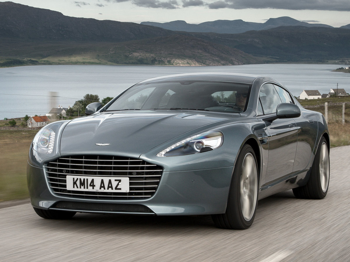 Солидный и мощный Aston Martin Rapide