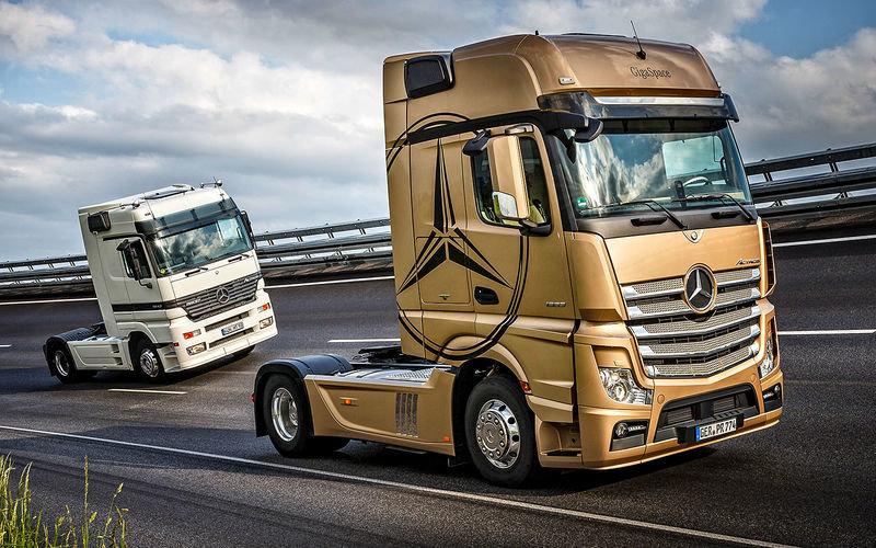 Флагманский грузовик Мерседес-Бенц - Актрос - обзавелся эксклюзивноой юбилейной серией и рядом новшеств.