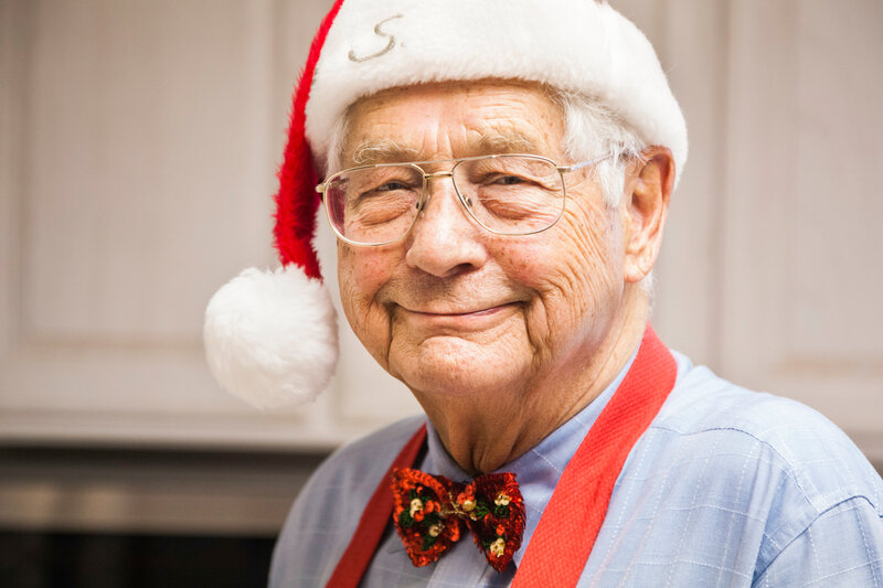 Reducing Isolation Amongst Older People This Festive Season   The Huffington Post 98 5871 Dressed up for Christmas