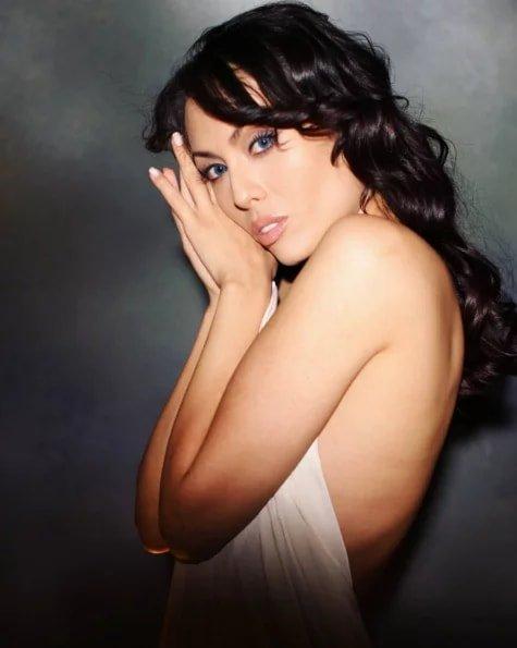 Линда Нигматулина, актриса Актриса Линда Нигматулина в последнее время предпочитает всегда быть разной. Однако артистка не меняет цвет волос и не