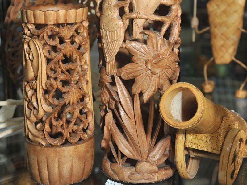 называется нижнее декоративно прикладное искусство резьба по дереву присмотритесь составу