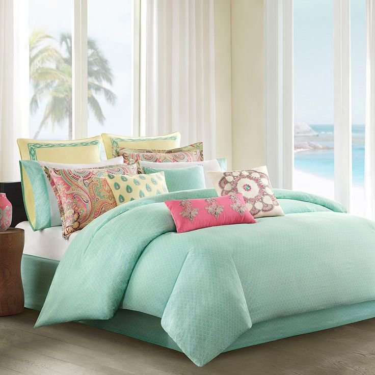 Bedroom Decor. Mint green bedroom curtains. Decorating A Mint Green on mint peach and cream bedrooms, mint walls with carpet, mint room, mint polka dot comforters,
