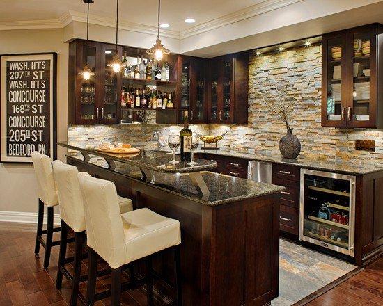 Кухня с барной стойкой всегда восхищает. Данное оформление набирает популярность. Барная стойка отлично вписывается в современный интерьер.