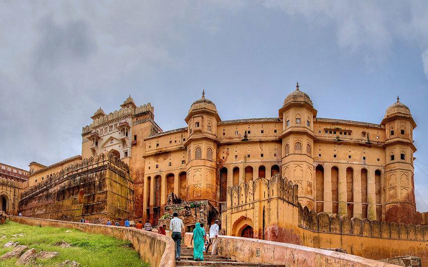 что самые красивые места индии нельзя делать