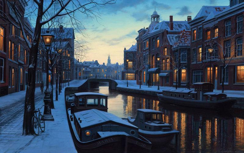 Тихая вечерняя заснеженная улица Амстердама, Нидерланды.