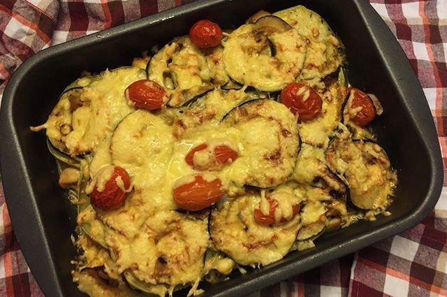 Блюда из кабачков в духовке с сыром рецепты