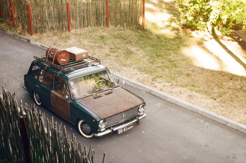 В автомобильном мире Rat Look считается одним из самых неоднозначных стилей. Это направление тюнинга зародилось в 80-х годах в американском штате Калифорния местными уличными бандами