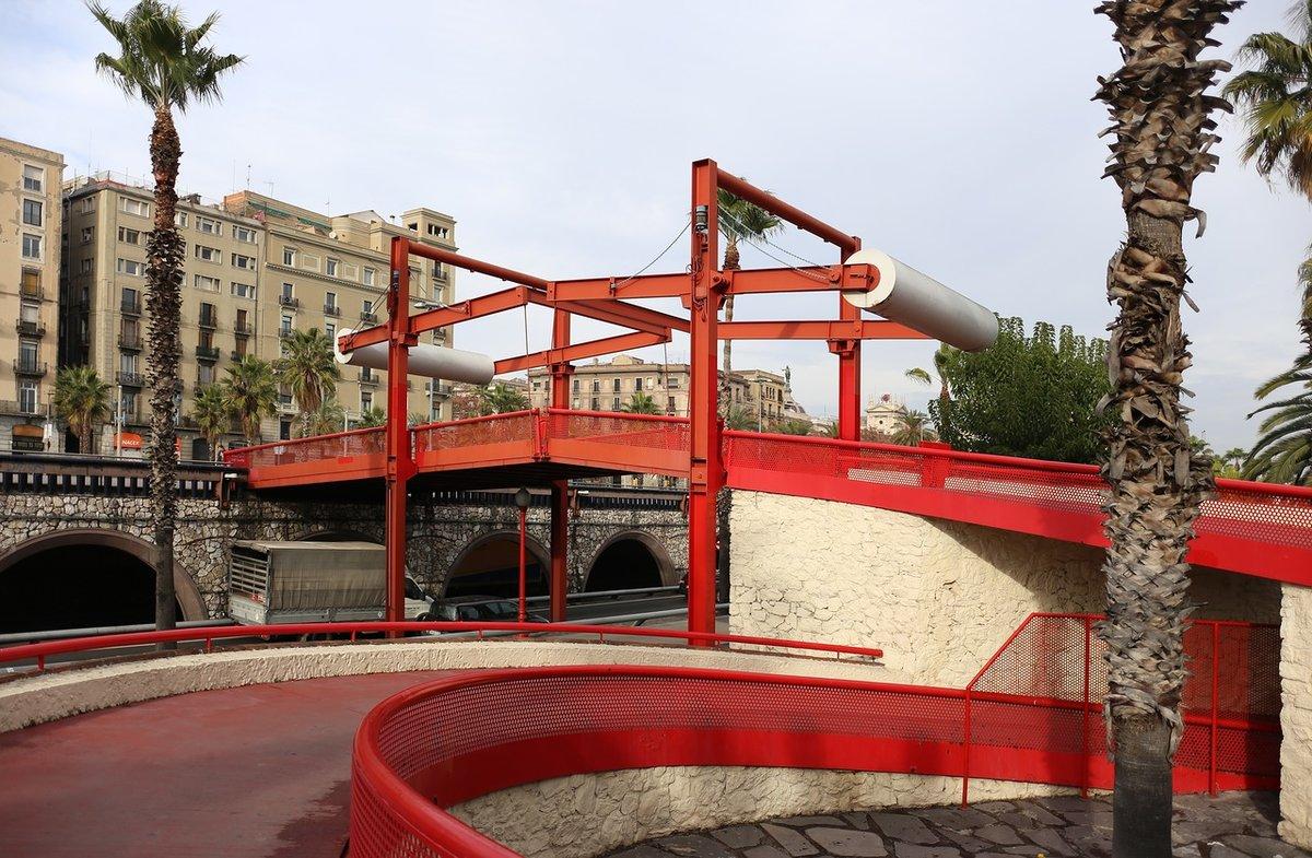 тот фото барселоны моста цветной