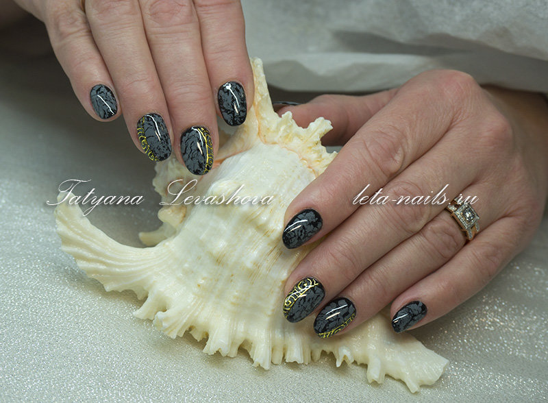 Фото дизайна ногтей кракелюр