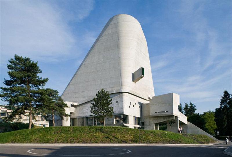 Архитектор: Ле Корбюзье (Le Corbusier), José Oubrerie. Здание: Церковь Saint Pierre. Место: Firminy, Франция. Время: 1960-2006