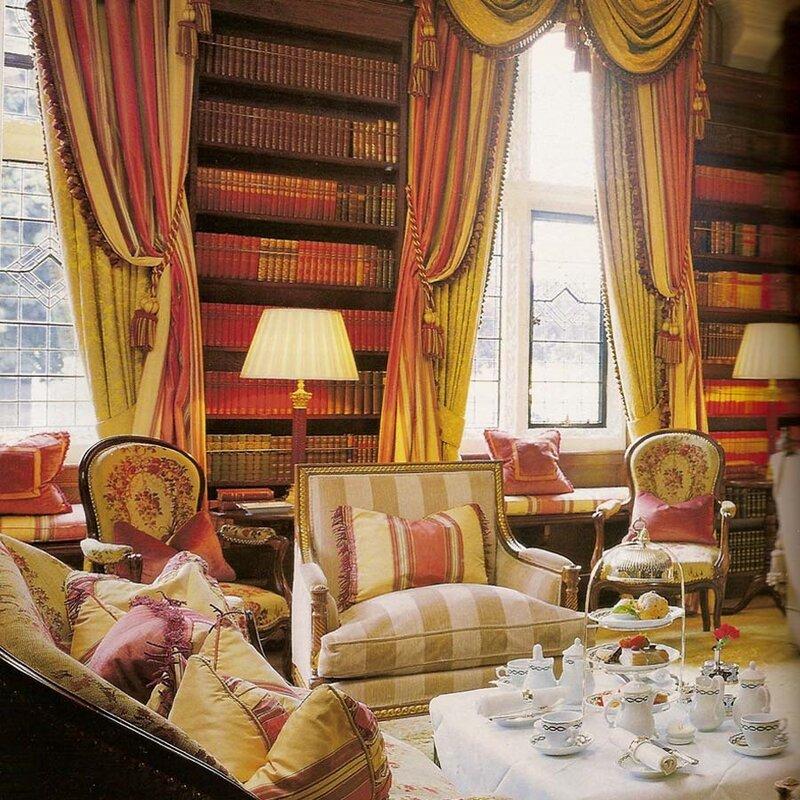 Прекрасная гостинная для чаепитий и семейных посиделок