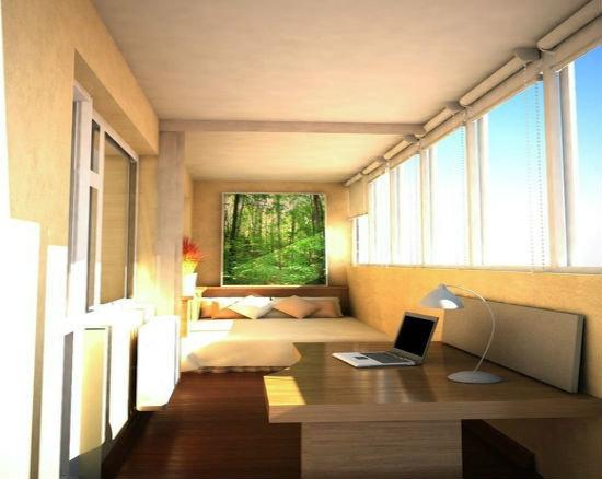 Переделка большого балкона под спальное место и рабочий каби.