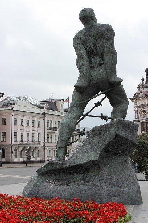 Памятник М.Джалилю