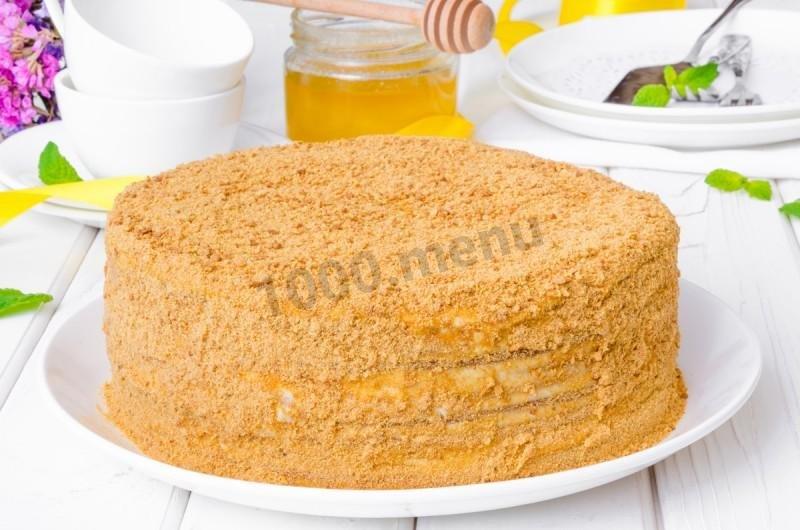 Простой рецепт медовика со сметанным кремом