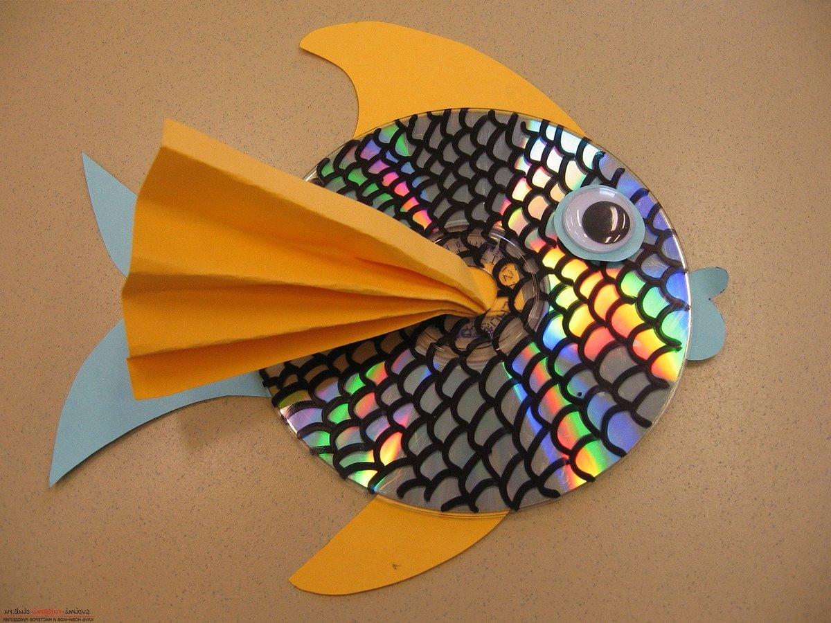 Рыбка из цветной бумаги своими руками фото 670