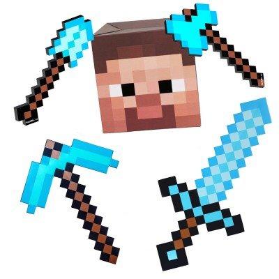 набор состоит из: маска Стива, алмазных орудий: кирка, меч, топор, лопата