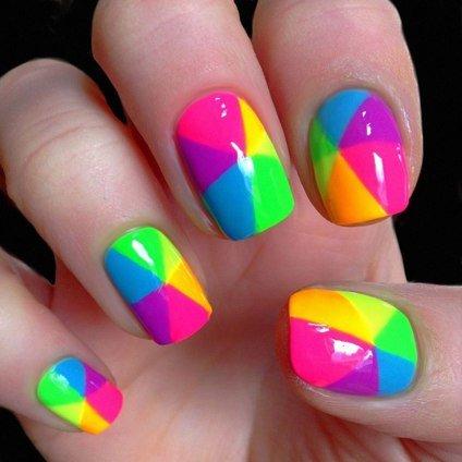 Яркие радужные ногти, самое вкусное цветовое решение на каждый день