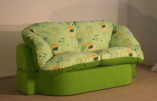 Классика никогда не выходит из моды, она лишь набирает свою силу. Бескаркасный диван Милана это чистота линий, удобные сидения.
