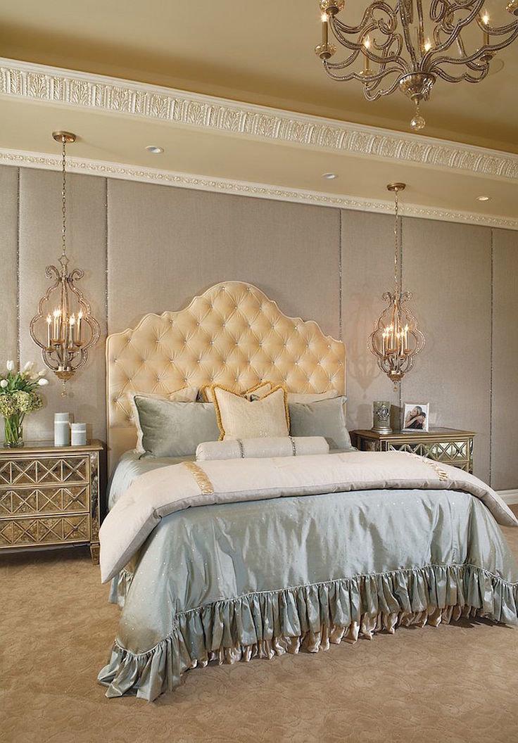 массивная голубая кровать Викторианский стиль