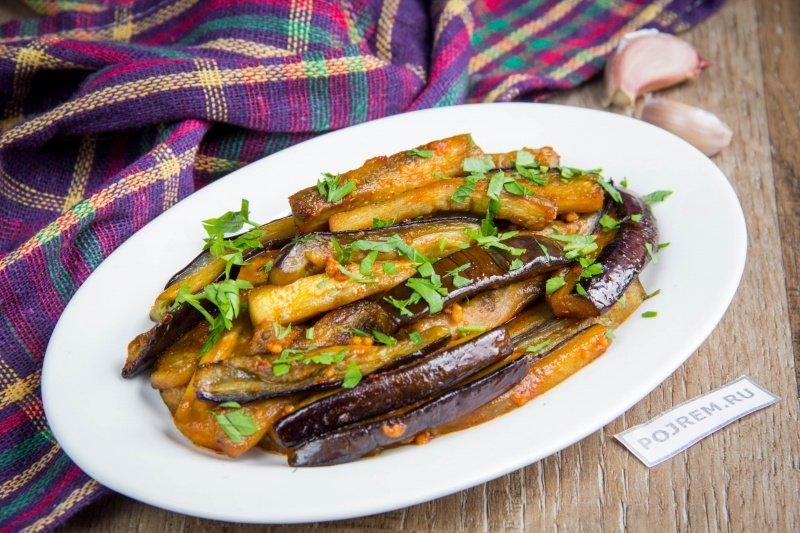 Баклажаны с чесноком - простой и быстрый рецепт приготовления в домашних условиях.