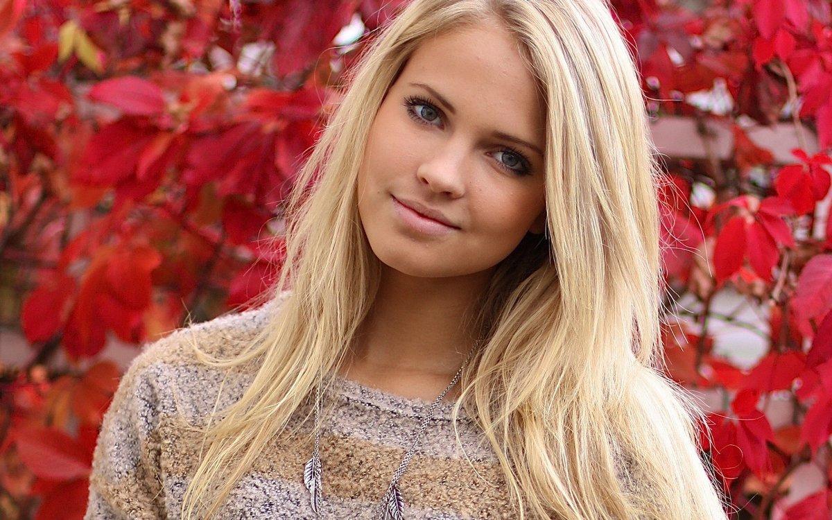 girls-norwegian-blondes-girls-naked