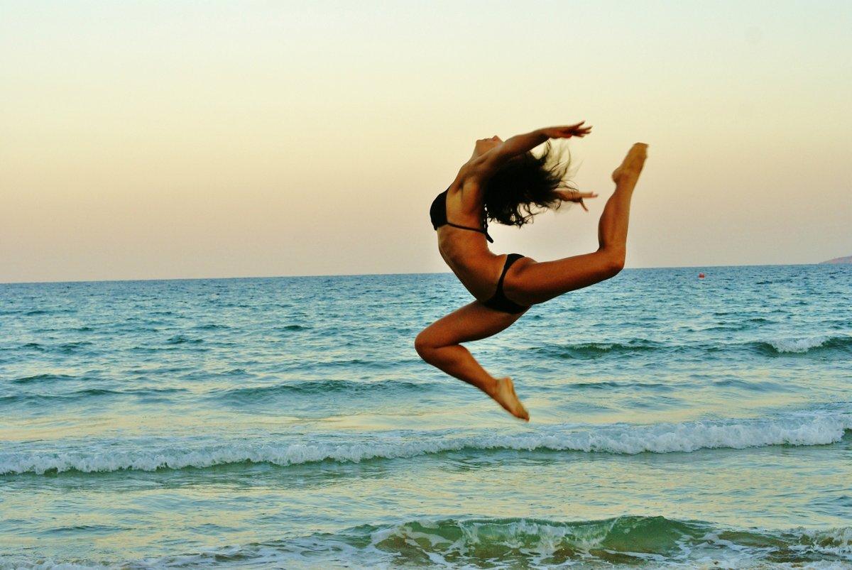 Красивые фотографии в прыжке