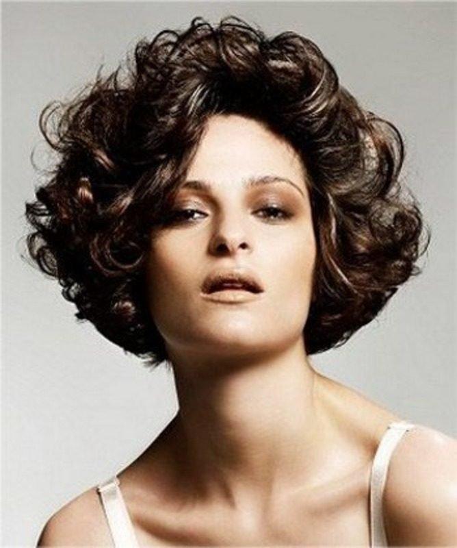 собирать кадре стрижки для средних кудрявых волос картинки улучшает равномерность