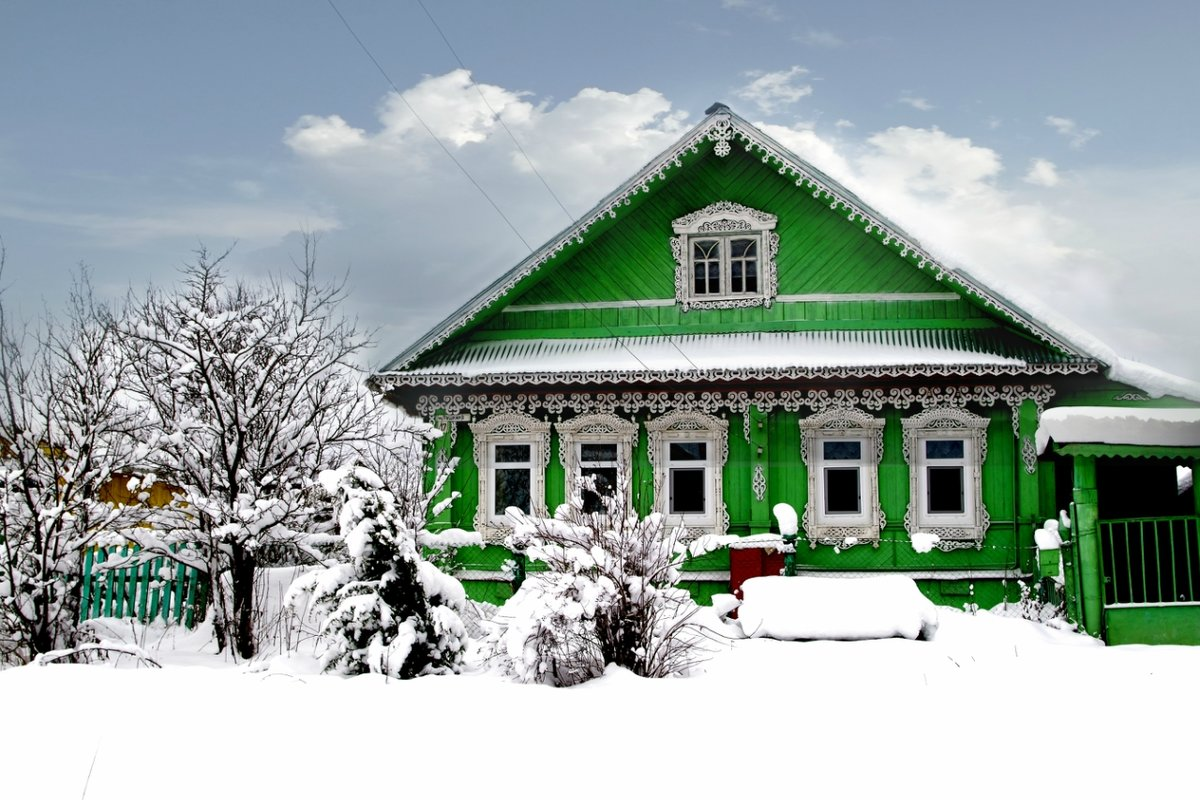 античные фото деревянный зеленый домик в деревне установки