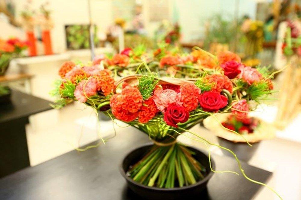 Доставка цветов оаэ организация праздниками, большие букеты