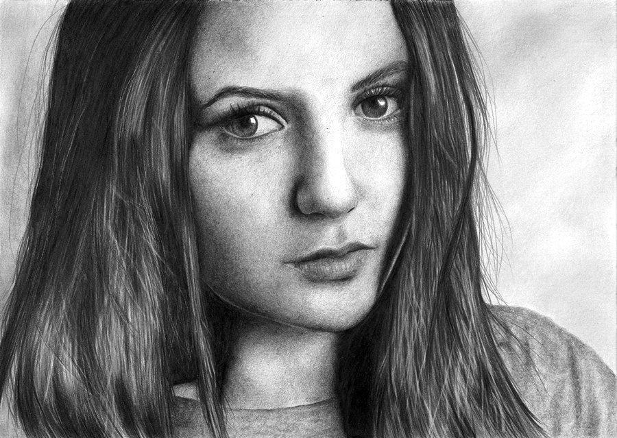если нет фотографии для рисования портрета карандашом красотка испытывает мощный