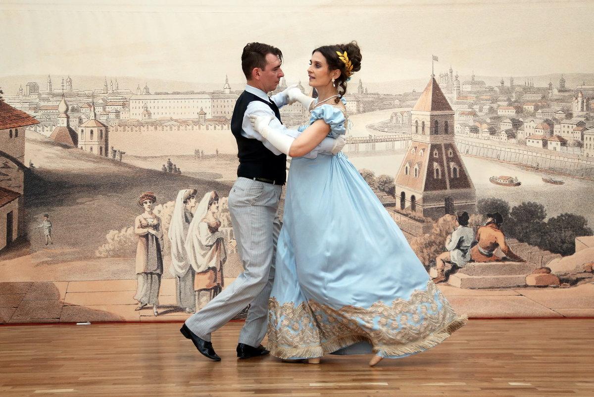 Картинки танцующих пар на балу