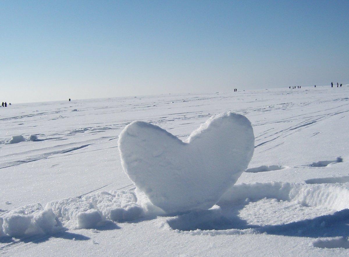Картинки сердце на снегу