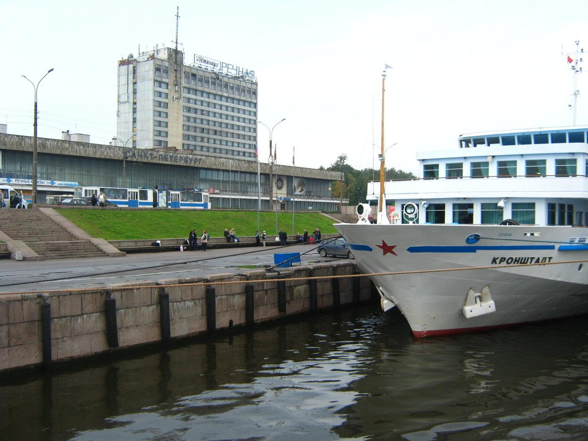 указанным речной вокзал фото спб мелкие коцки
