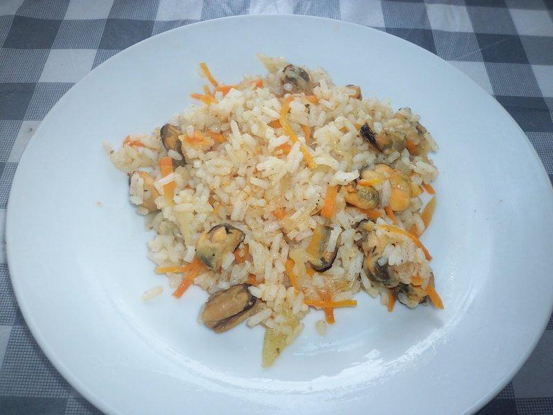 Рис с мидиями – классическое сочетание морепродукта и данной крупы