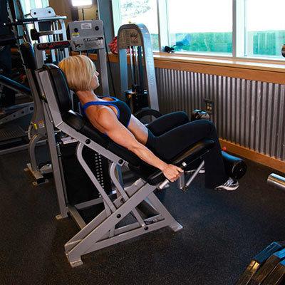 Упражнения для девушек в тренажерном зале картинки 17