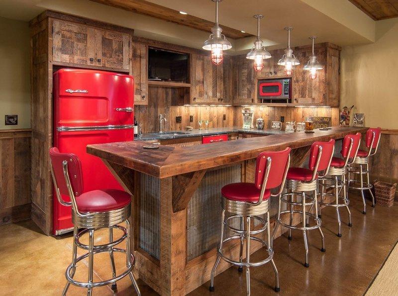 Высокие кухонные барные стулья для кухни из массива