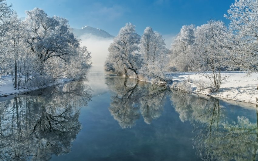 река, деревья, иней, зима, отражение .