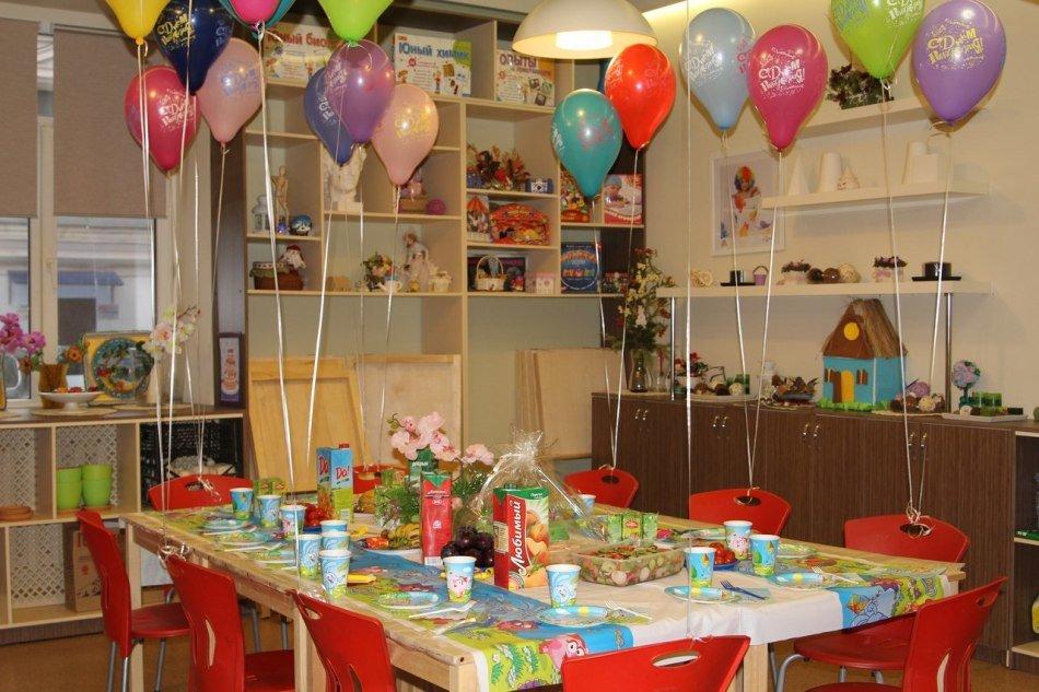 день рождение на фото стол ребенка