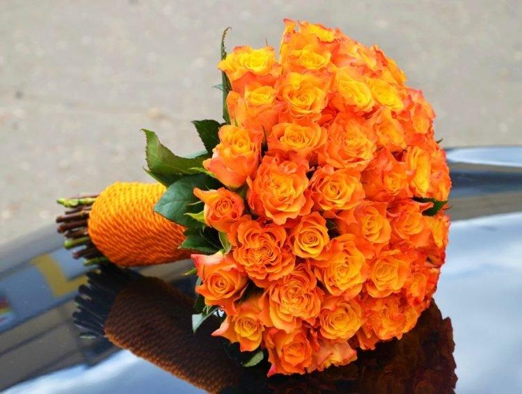 Оранжевые цветы для букетов