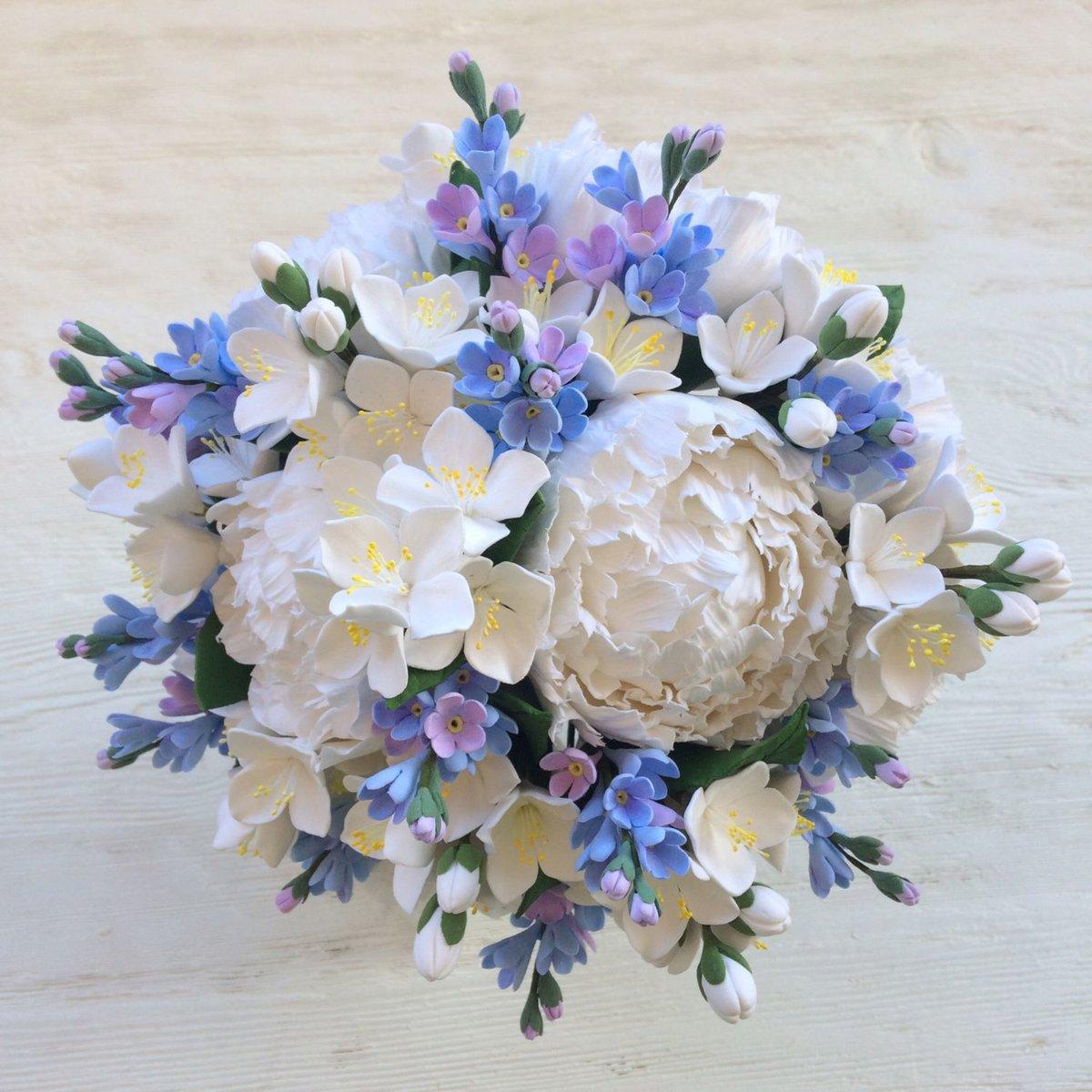 Цветов ростов, незабудки свадебный букет