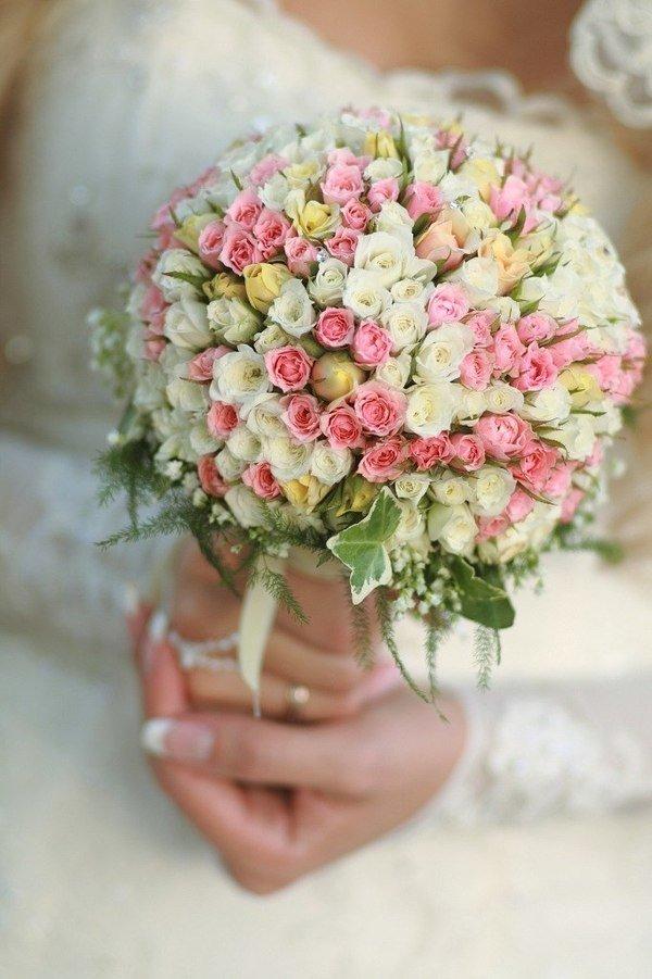 Свадебный букет из маленьких роз фото, жизнь
