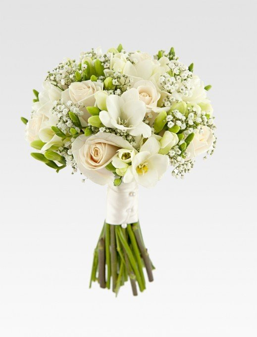 Букет невесты из трех роз и фрезий, розы альстромерии