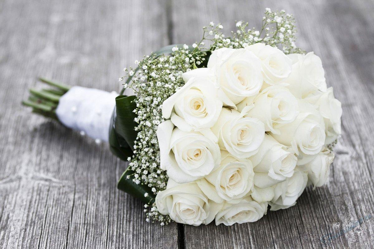 Очень красивый свадебный букет роз, новый